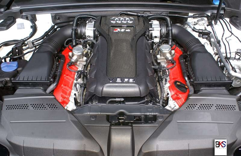Carbon Designz - Audi RS4 B8 carbon engine cover